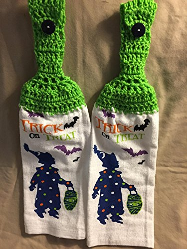 [Free shipping to USA included in price - 2 CROCHET KITCHEN hand TOWEL LIGHT terry cloth - Halloween TRICK or TREAT Kid Costume bats - soft BRIGHT LIME GREEN acrylic yarn top - smoke free - pet] (Trick Or Treat Costumes Images)