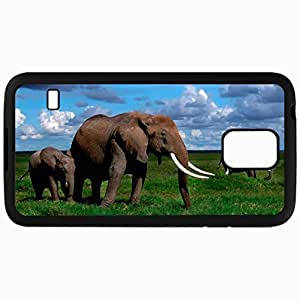 Fashion Unique Design Protective Cellphone Back Cover Case For Samsung GalaxyS5 Case Elephant Tusks Walk Grass Herd Black