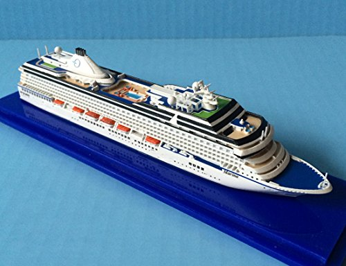 Oceania Marina Cruise Ship Model in 1:1250 Scale, Collector's Series