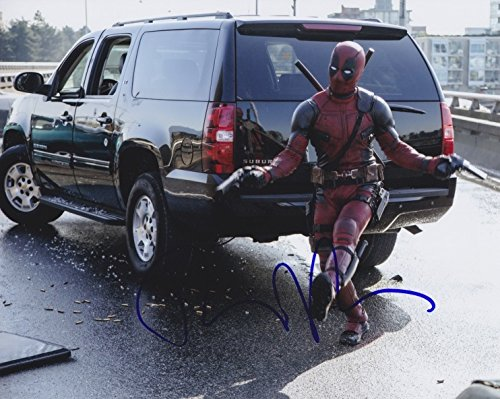 ryan-reynolds-deadpool-signed-8x10-photo