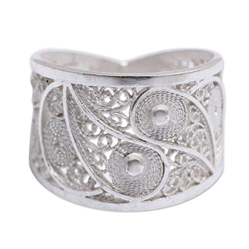 NOVICA .925 Sterling Silver Handcrafted Filigree Ring, Paisley Shine'