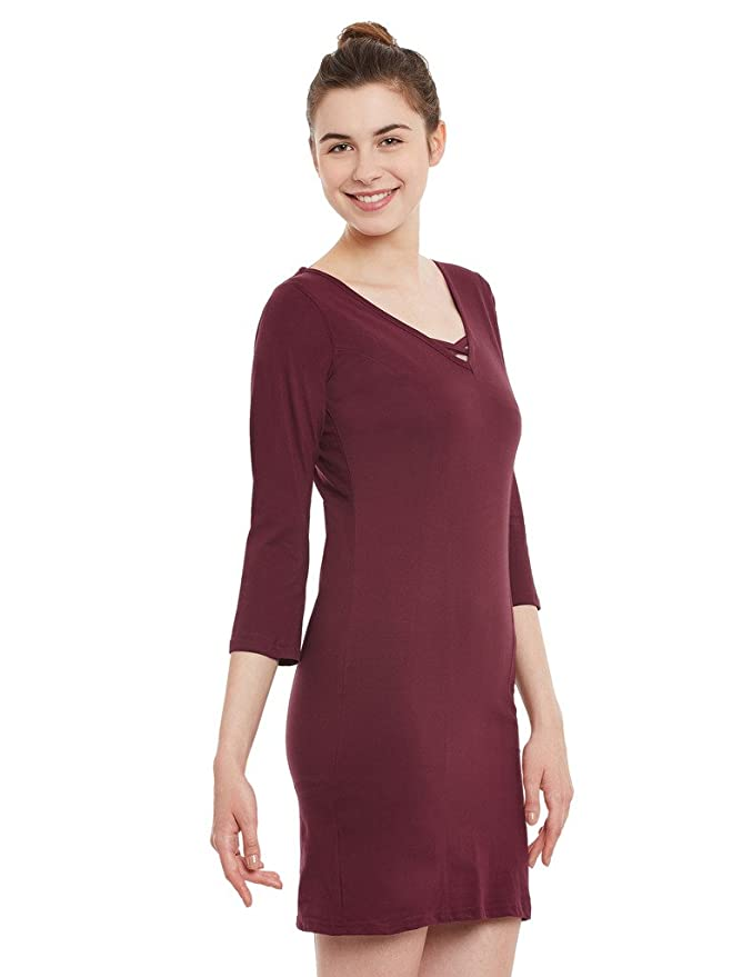 d89f559d7d4c Miss Chase Womens Maroon Shift Dress  Amazon.in  Clothing   Accessories
