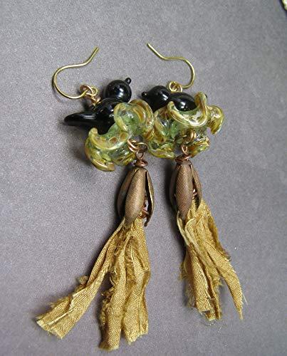 Lampwork Glass Black Bird on Nest Fiber Sari Ribbon handmde Earrings - Nest Ring Fiber