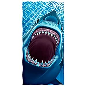 GREAT WHITE SHARK TEETH Beach/Shower Towel
