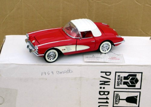 Franklin Mint 1959 Red Chevy Corvette Convertible Car in 1:24 Scale - MINT IN BOX with Hangtag
