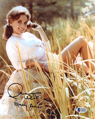 DAWN WELLS SIGNED AUTOGRAPHED 8x10 PHOTO MARY ANN GILLIGAN'S ISLAND BECKETT BAS