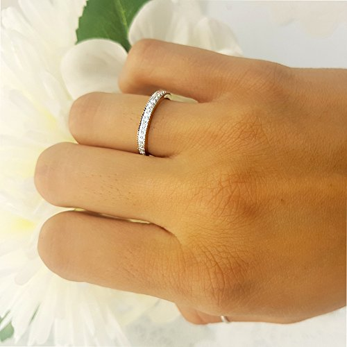 0.25 Carat (ctw) 10k White Gold Round Diamond Ladies Anniversary Wedding Band Stackable Ring 1/4 CT