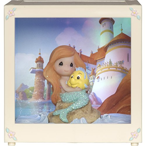 Precious Moments LED Shadow Box Disney Showcase Collection, Multicolor