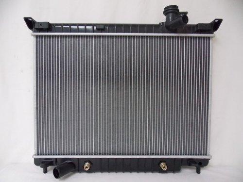 2458-radiator-for-buick-chevrolet-gmc-fits-rainier-trailblazer-envoy-42-l6