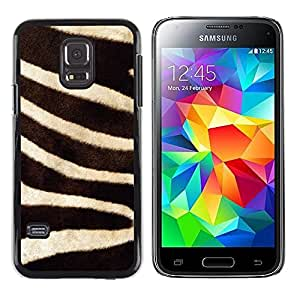 iKiki Tech / Estuche rígido - Stripes Black White Animal Nature - Samsung Galaxy S5 Mini, SM-G800, NOT S5 REGULAR!