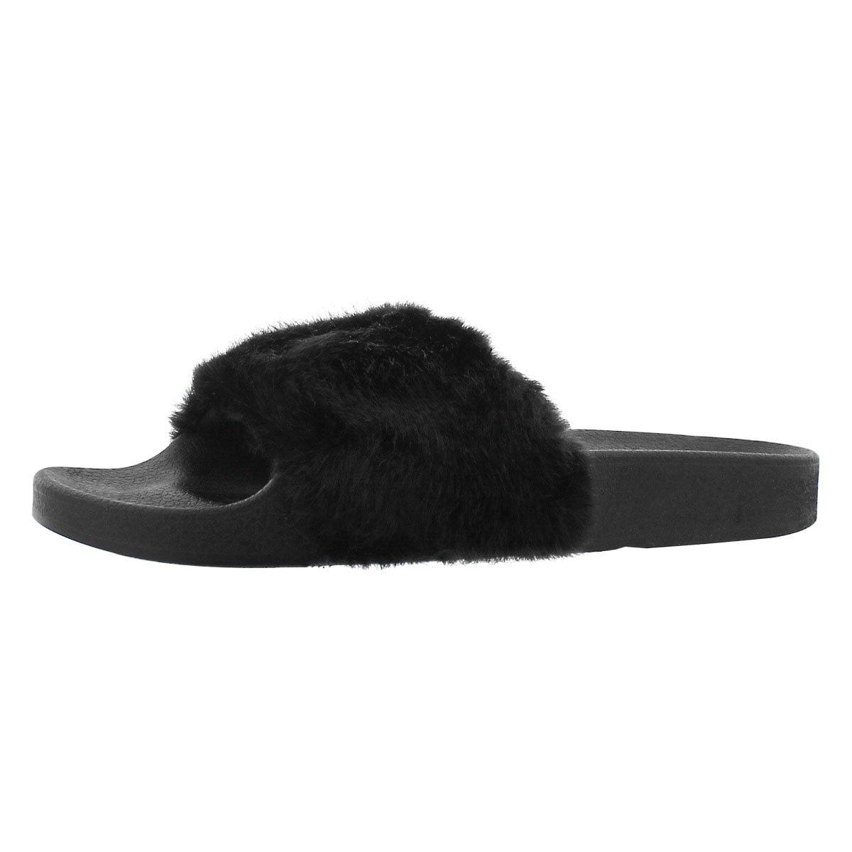 Steve Madden Women's Softey Flat Sandal, Black/Black, 7 M US