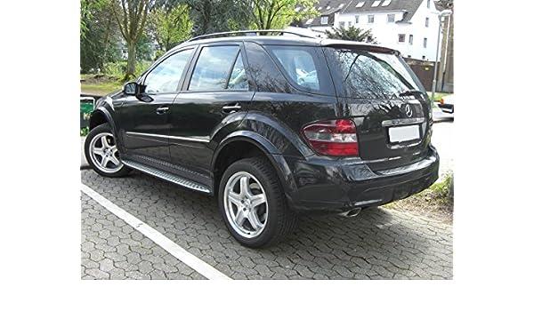 Mercedes ML inclinado 4 x 4 coche perro Jaula Caja de viaje ...