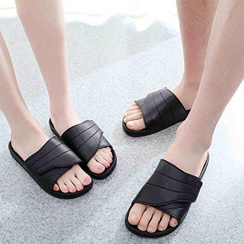 Mujeres Señoras Sandalias Zapatillas de deporte negras femeninas / masculinas del verano Zapatillas de deporte de la manera de los pares Zapatos ocasionales de la playa del deslizamiento plano Cómodo