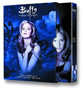 Buffy the Vampire Slayer: The Complete First Season (Bilingual) [Import]