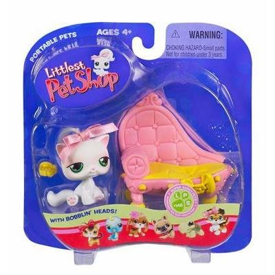 Littlest Pet Shop Pets on the Go Cat with Fancy Bed