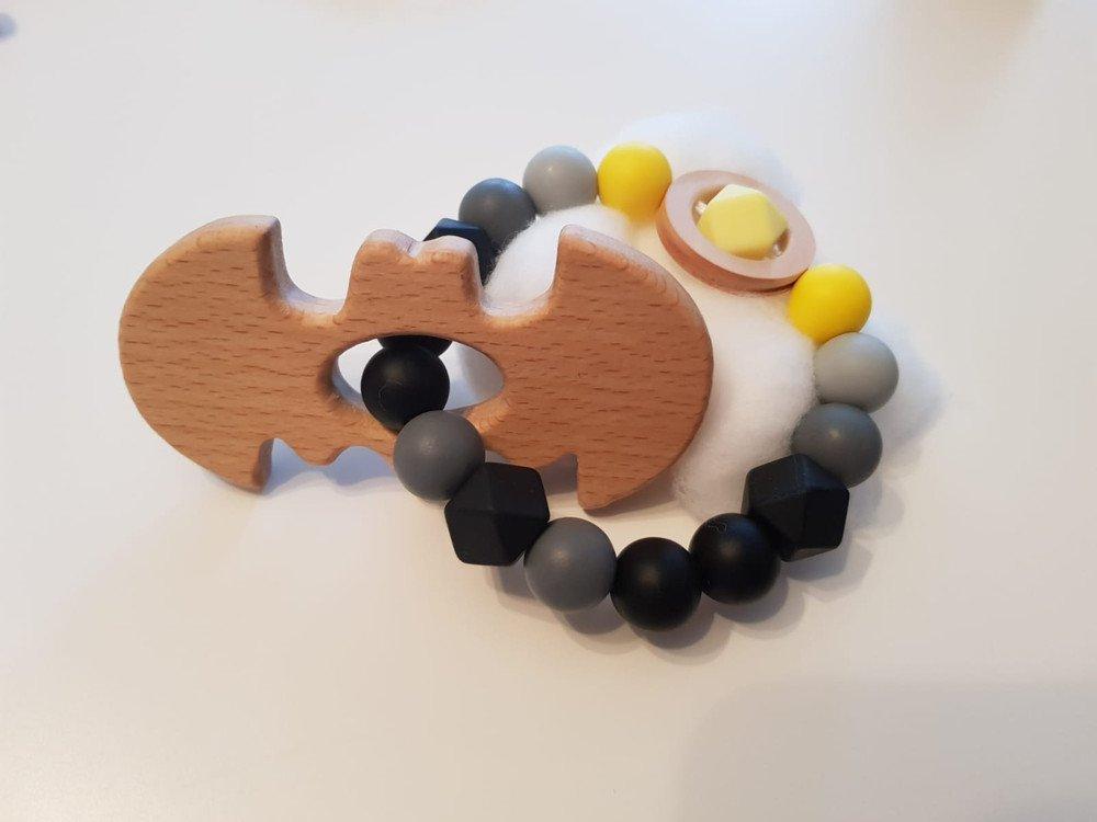 Beißring / Greifling aus Silikon mit Holzelementen