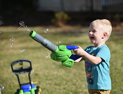 Sunny Days Entertainment Maxx Bubbles Toy Bubble Leaf Blower with Refill Solution – Bubble Toys for Boys and Girls | Outdoor Summer Fun for Kids and Toddlers