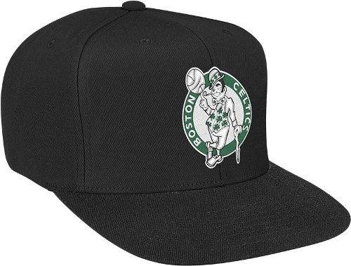 Mitchell & Ness Men's Boston Celtics Wool Solid Snapback One Size Black