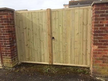 Smileswoodcraft Wooden Tvg Solid Top Driveway Gates Pair 6ft H 243cm 8ft X 182cm H