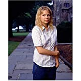 Dawsons Creek Michelle Williams as Jen Lindley Holding Arm 8 x 10 Inch Photo