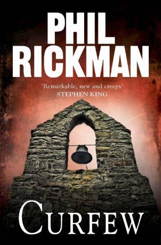 """""""Curfew"""" av Phil Rickman"""