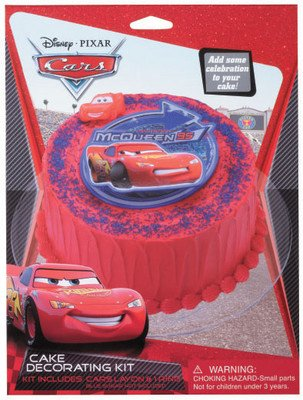 Amazon Com Cars Lightning Mcqueen Cake Decorating Kit Look