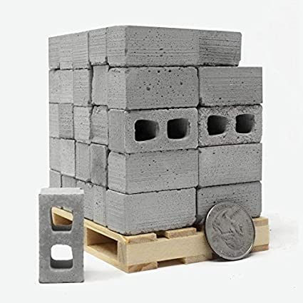 Amazon Com Mini Materials 1 12 Scale Miniature Cinder Blocks 50 Pack On A Pallet Toys Games