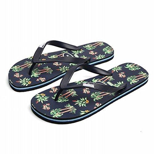 sandali gli da Le spiaggia con vacanze delle mare al RBB A spiaggia ciabatte sfoggiano sandali riva per in sportive infradito comode da uomini q8wnU