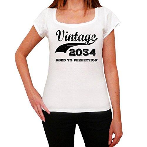 Vintage Aged To Perfection 2034, regalo cumpleaños mujer, camisetas mujer cumpleaños, vendimia añejado a la perfección camiseta mujer, camiseta regalo, regalo mujer blanco