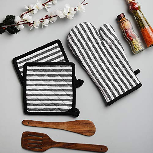Iii Holder - Cotton Oven Mitten and Pot Holders, 3 Piece Set, Black & White Stripe For Everyday Use