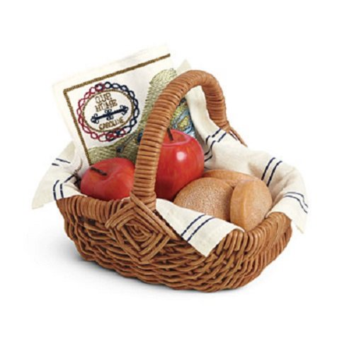 American Girl Caroline - Caroline's Travel Basket
