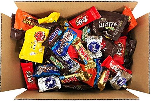 HERSHEY'S Nestle M&M'S Holiday Chocolate Variety Assortment Mix (90oz)