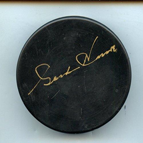 Gordie Howe Autographed Hockey Puck Hologram