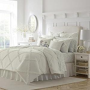 51DSA4eynUL._SS300_ Coastal Comforters & Beach Comforters