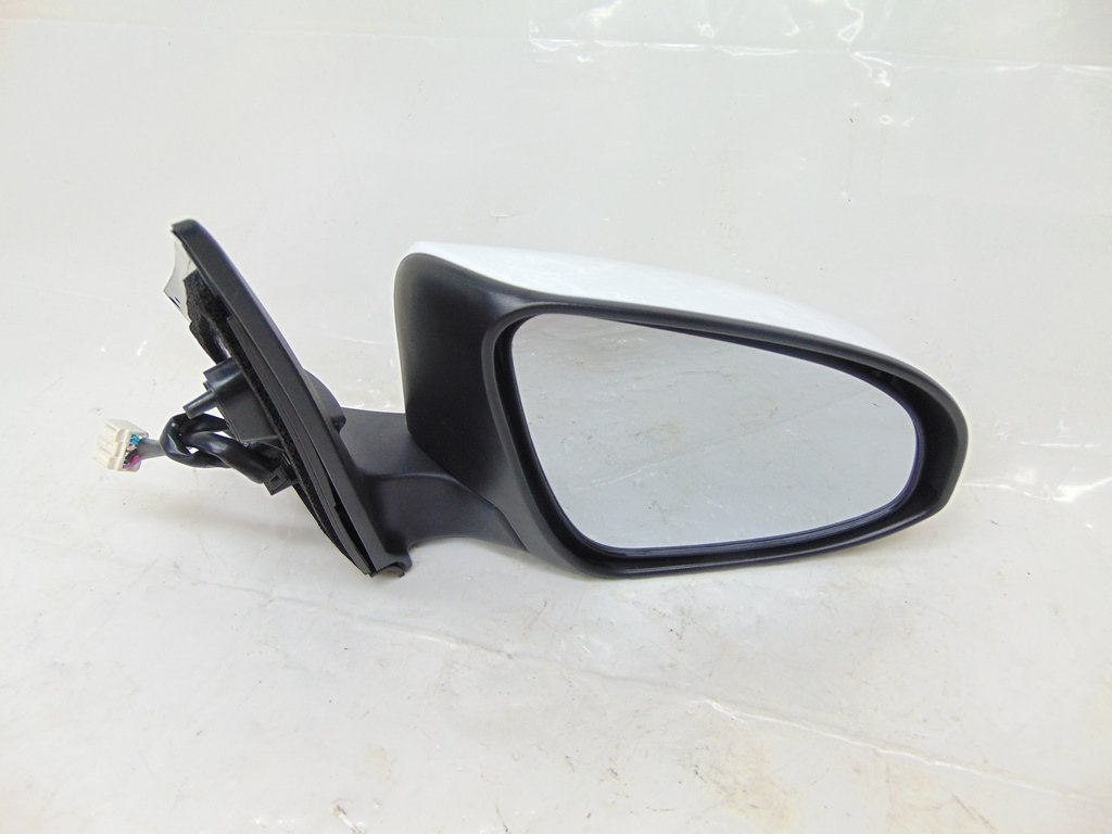 Corolla mirror replacement