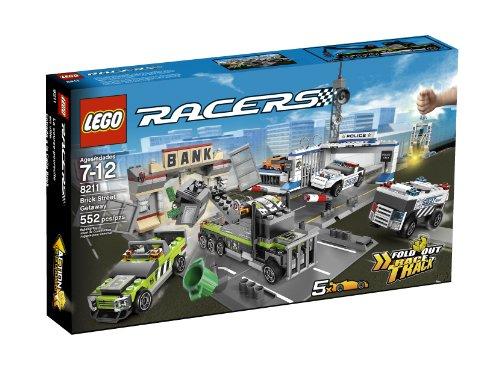 LEGO Racers Brick Street Getaway 8211 (Lego Racers Track)