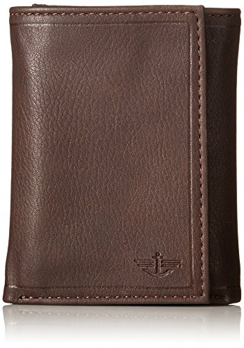 dockers-mens-wallet-with-wooden-wine-tool-brown-one-size
