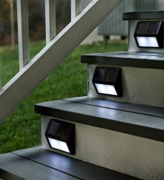 Plow Hearth Solar Powered Outdoor Step Stair Lights Aluminum Housing With Plastic Accents