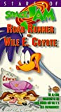 Stars of Space Jam: Road Runner and Wile E. Coyote [VHS]