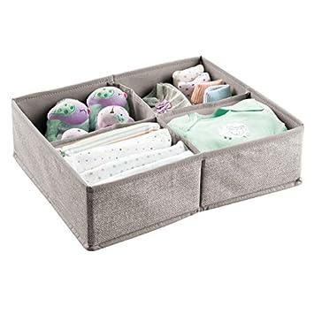mDesign Organizador para bebés – Gran caja organizadora con cuatro compartimentos, ideal para pañales,