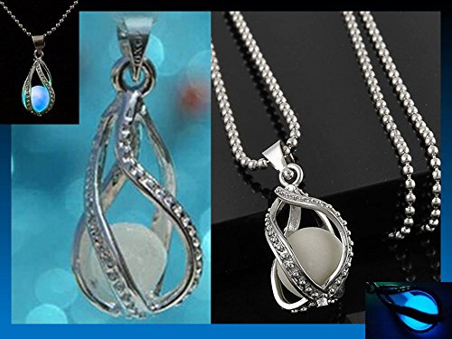 1 X Newly Fashion Teardrop Necklace - Glow in the Dark Pendant
