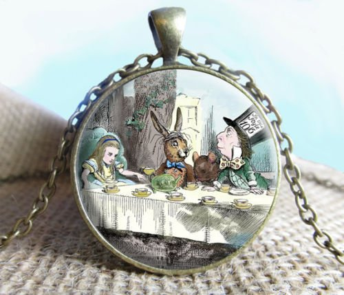 Mad Hatter's Tea Party, Alice in wonderland Pendant/Necklace Mad Hatter's Tea Party XIAONA