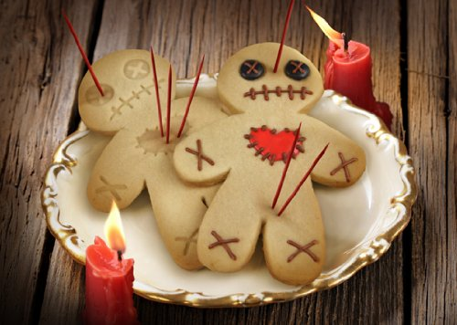 Fred CURSED COOKIES Voodoo Doll Cookie Cutter/Stamper by Fred & Friends (Image #3)