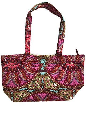 - Vera Bradley Mandy, Signature Cotton (Resort Medallion)