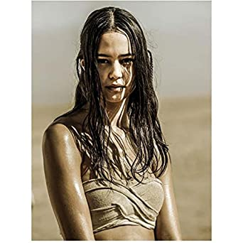 mad max fury road 8x10 photo courtney eaton sad stringy hair kn at
