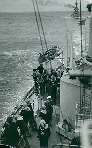 Vintage photo of The Anti-aircraft warfare39;s 75mm cannons made fire ready on board one of the fleet39;s ships. - 11 August 1932