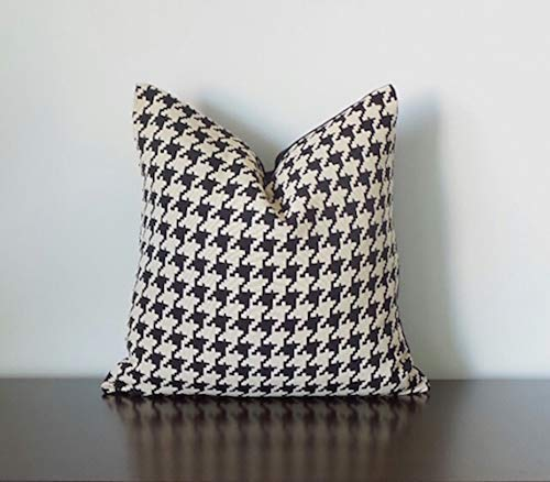 Black Beige Houndstooth Pillow Cover Black Geometric Throw Pillow Cover Beige Geometric Pillow Cover Black Pillow Cover Handmade One Of A Kind Pillow Available In Size 20 X 20 Inches Handmade