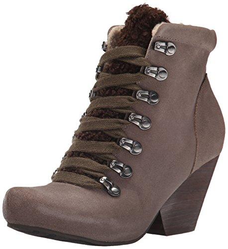 UPC 753332910973, OTBT Women's Ritchie Boot, Dune, 7 M US
