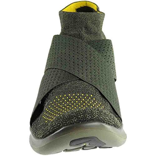 45dcab5eafb1f8 NIKE Mens Free RN Motion Flyknit 2017 Running Shoe Black Dark Grey- Anthracite-