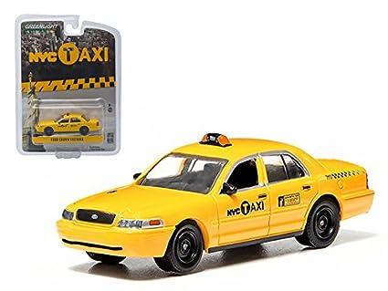 65eb1915a21fc Amazon.com: StarSun Depot Ford Crown Victoria New York City Taxi ...